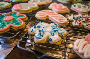 variety-of-assorted-designed-cookies-752499